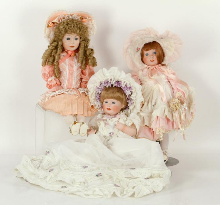 Lot of 3 Shader's Dolls