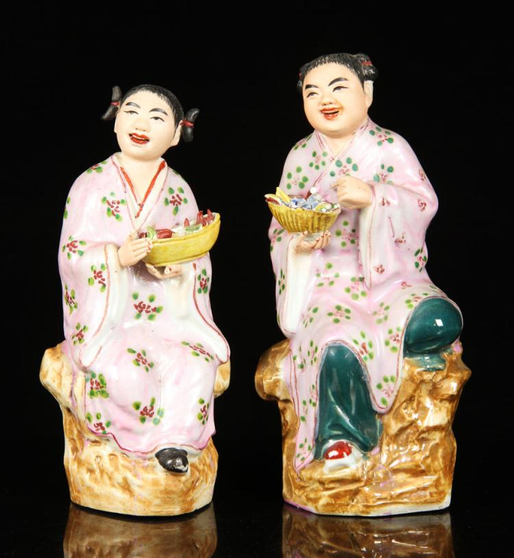 2 Chinese Porcelain Figures