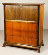 Sieling Furniture Co. Bedroom Dresser