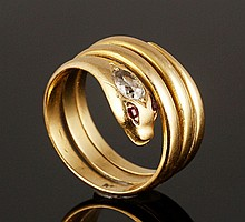 18K Diamond and Ruby Snake Ring