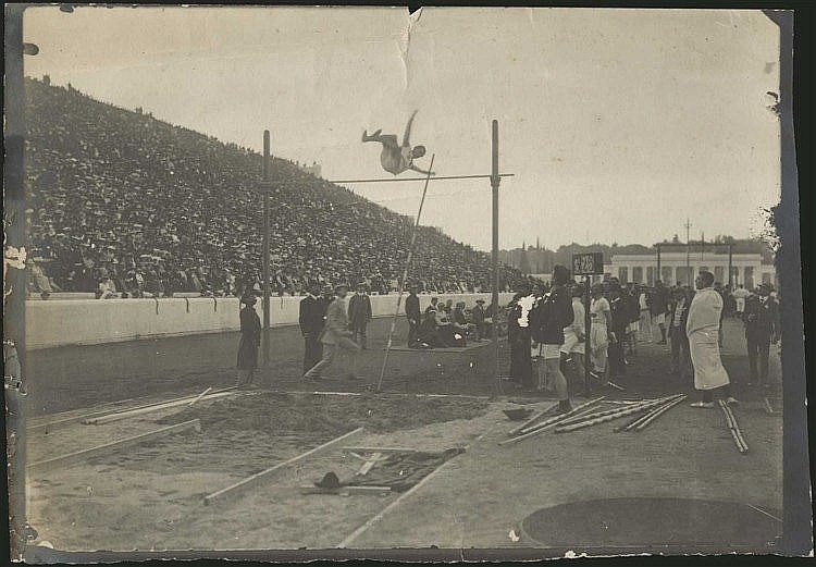 OLYMPIC GAMES Athens Summer 1906. Pole Vault (Άλμα επι κοντώ). Real b&w; photo during the Games. Dim.18x13cm. Faults. RARE.
