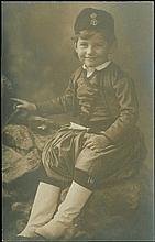 Real photo. Child with Cretan costume (?.?.???a??p?????), unsed.