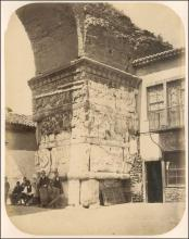 T?SS???????/ THESSALONIKI, c. 1875. Rare albumen photo 21x27 cm., depicting local people at Galerius Arch. Rounded edges, attached on thick carton. No indication of the photographer. Very...