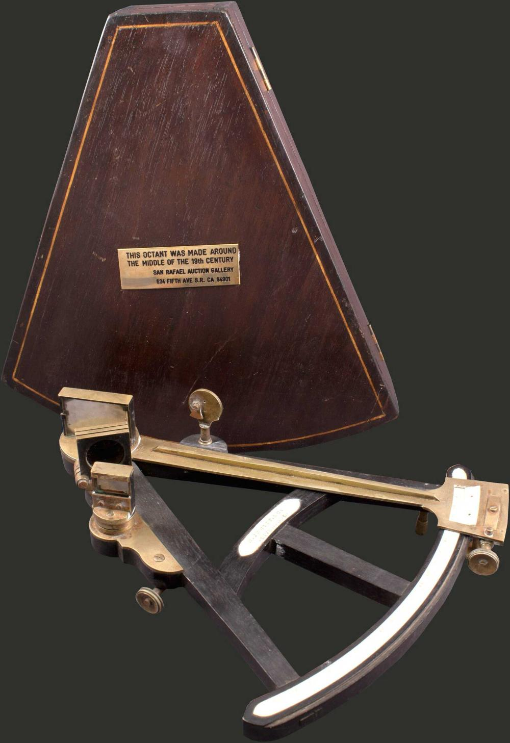 """SEXTANT """"T.L. Ainsley, South Shields"""" with Certificate of Examination dated 1957 in fitted mahogany case. Case measures... - SCIENTIFIC INSTRUMENTS"""