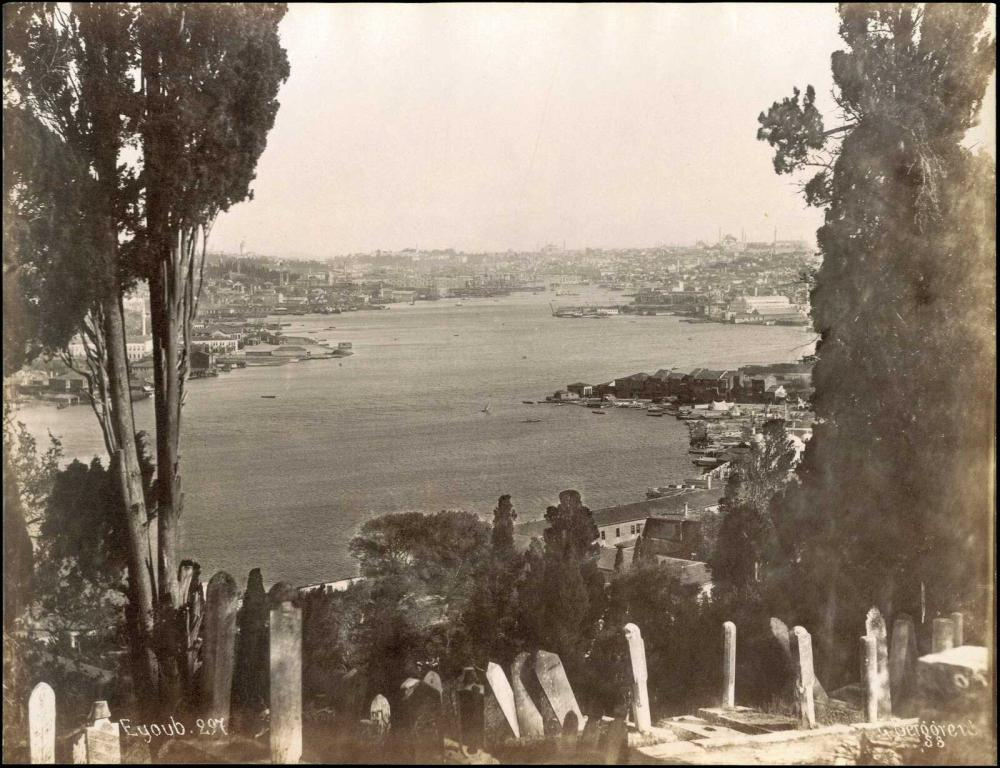 """Constantinople - Uyup, G. Berggren (phot.). Albumen photograph 26 x 20 cm, with title """"Eyoub 297"""" and photographers... - Greece - ARCHIVE PHOTOGRAPHS"""