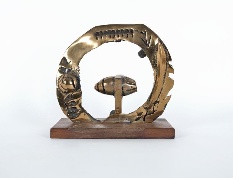 Ringförmige Skulptur