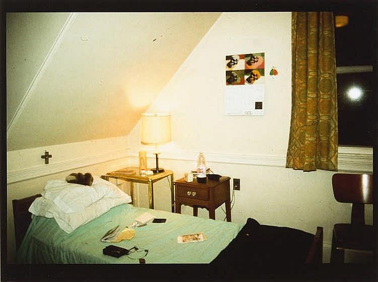 Nan Goldin – My room in halfway house, Belmont, Ma.