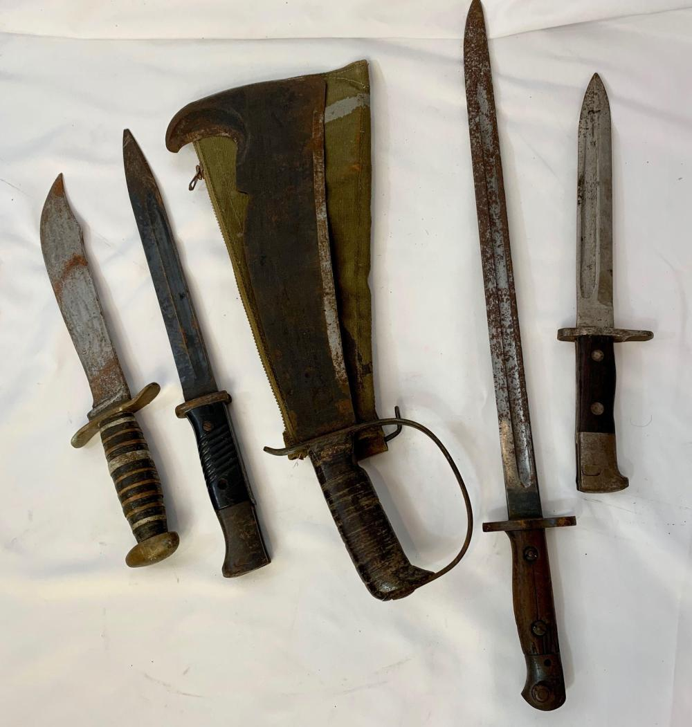 Military Edged Weapons Lot