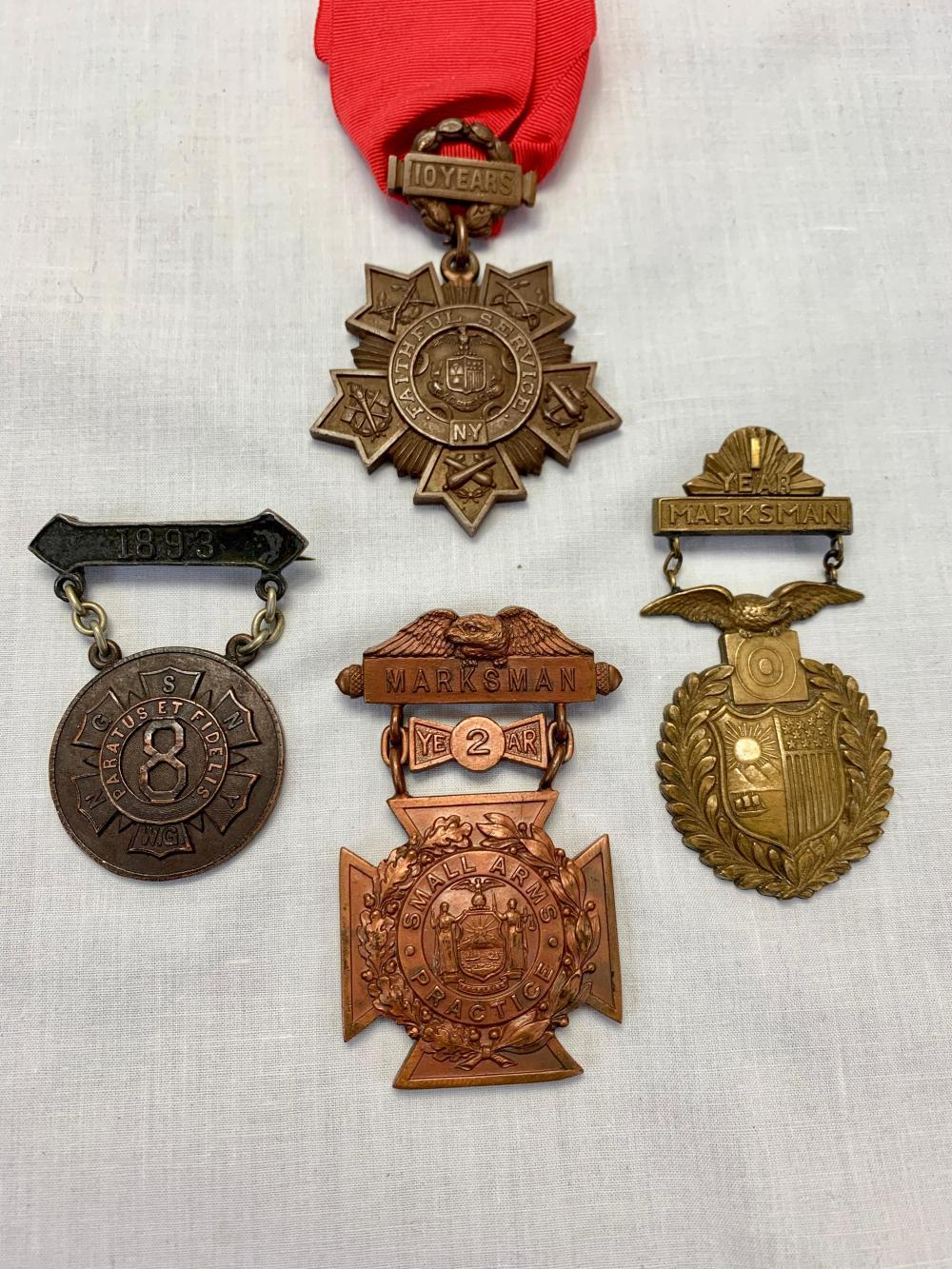 NYNG Tiffany Medal Group