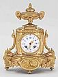 Kaminuhr Frankreich, um 1870. Bronze, vergold...