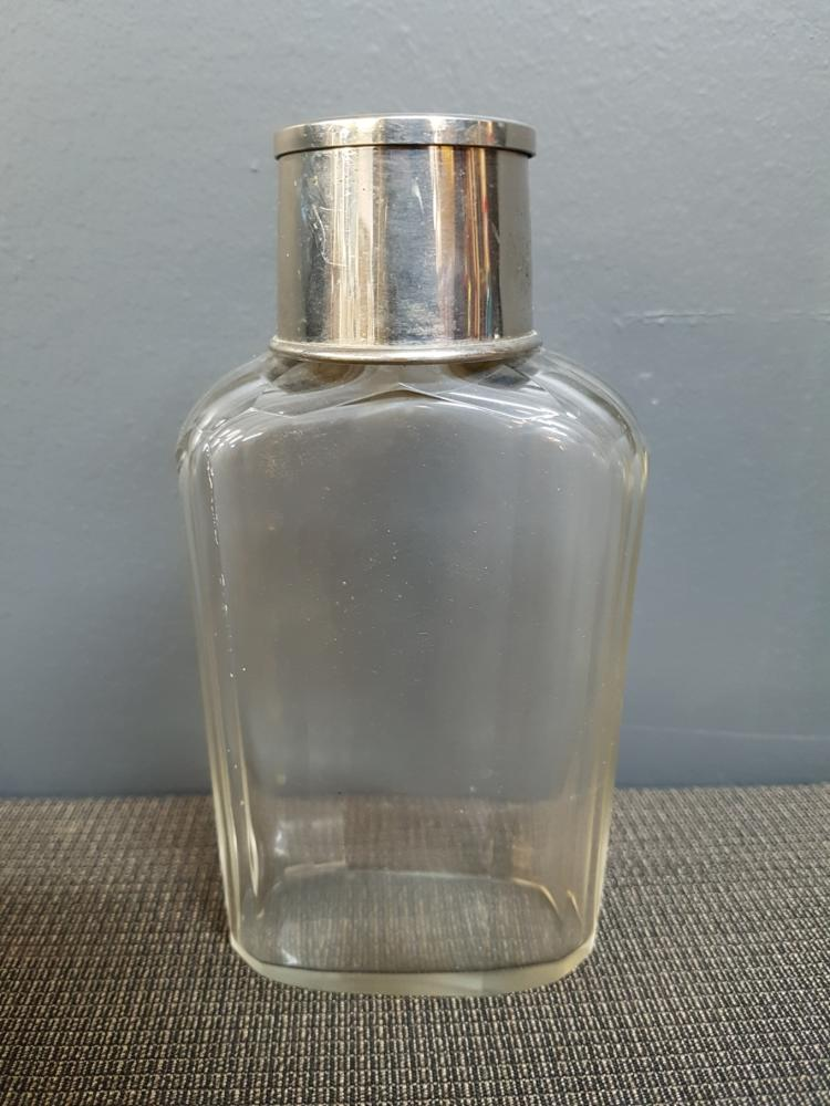 Art Deco Crystal Flask with Collapsible Cup Lid