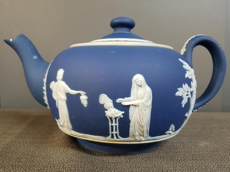 Tunstall Earthenware Tea Pot England