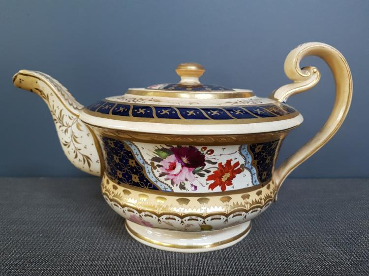19th Century Hand Decorated Floral Gilt Teapot