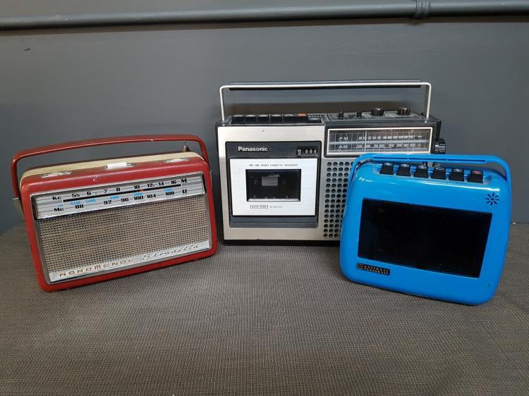 Lot of 3 Vintage Radios - Normende, Panasonic, National Panasonic
