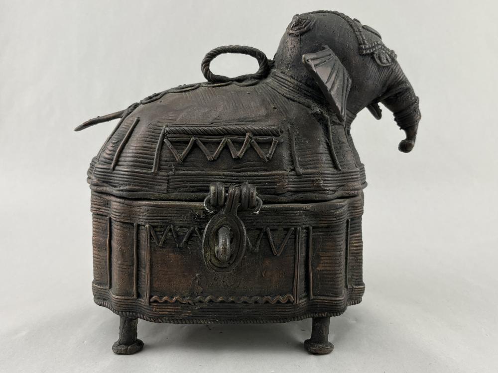 Vintage Brass Indian Elephant Hinged Box