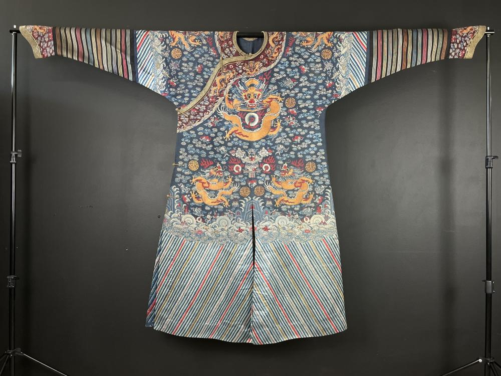 Chinese Qing Dynasty Kossu (Kesi) Dragon Robe