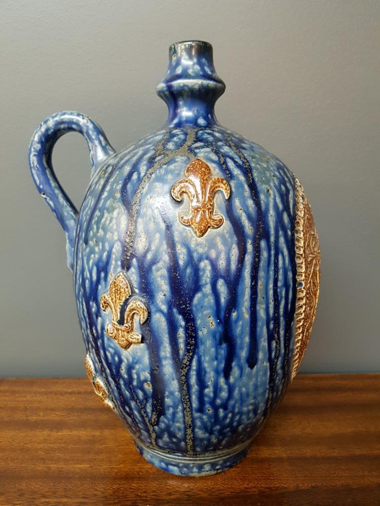 roger guerin pitcher vase to arms fleur de lys. Black Bedroom Furniture Sets. Home Design Ideas
