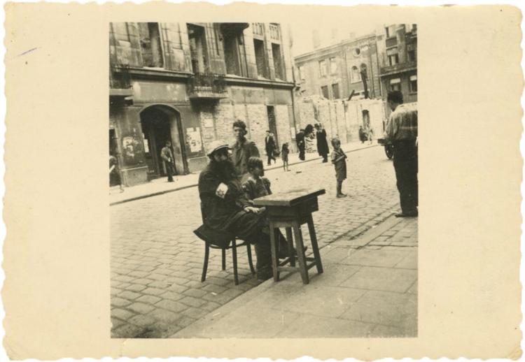Heinz Jost - Photo-Album - Warsaw Ghetto and East Europe, 1941-1942