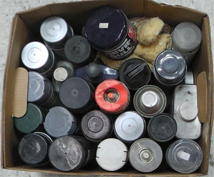 Box of 17 spray paint cans, polish, rust eater, mineral spirits