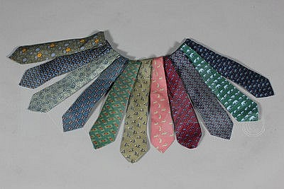 Hermès printed silk ties, small novelty and floral