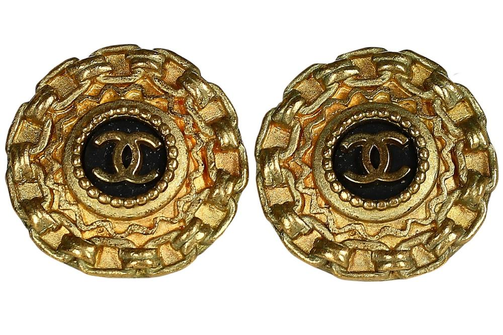 A pair of Chanel gilt clip-on earrings, Autumn-Winter 1994-95,