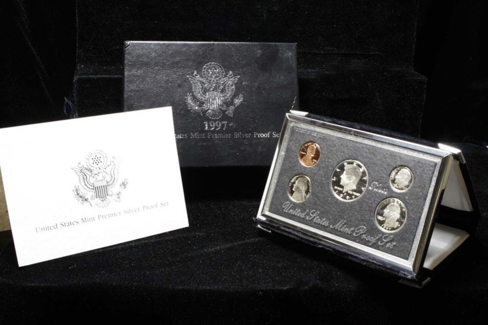 1997 United States Mint Premier Silver Proof Set in Display case
