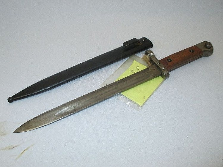 Austrian bayonet model 1895 in original metal
