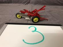Lot 3: 1/16th Scale Case Plow