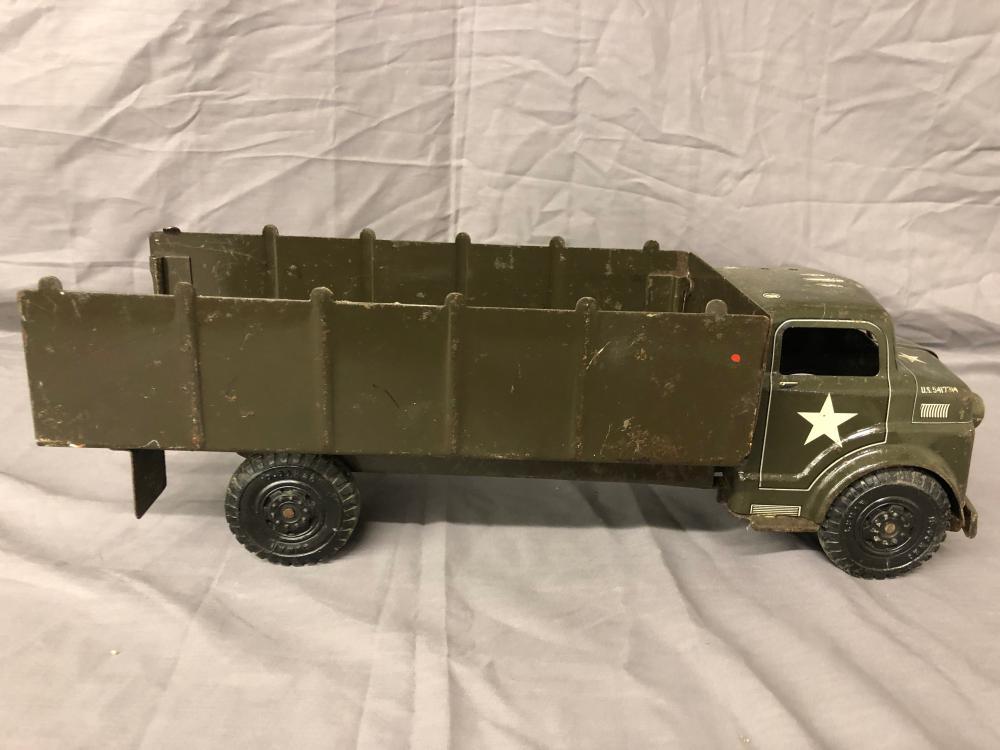 Lot 5: Marx Army Truck