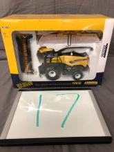 Lot 17: 1/32nd Scale New Holland FR850