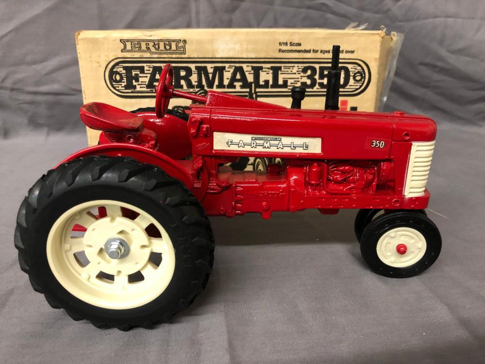 Lot 12: 1/16th Scale Farmall 350