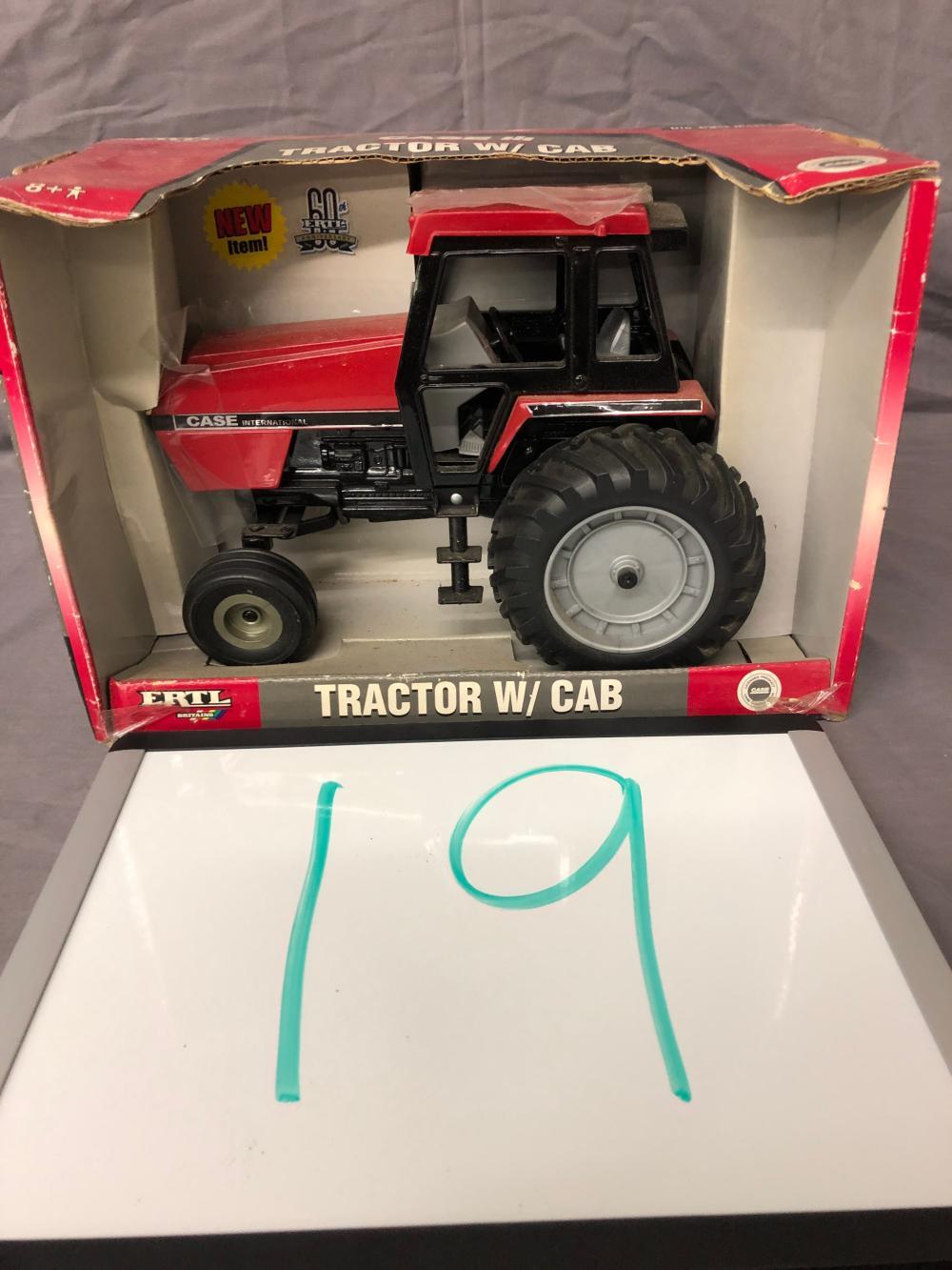 1/16th Scale Case IH Tractor w/ Cab