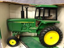 Lot 32: 1/16th Scale John Deere Row Crop Tractor