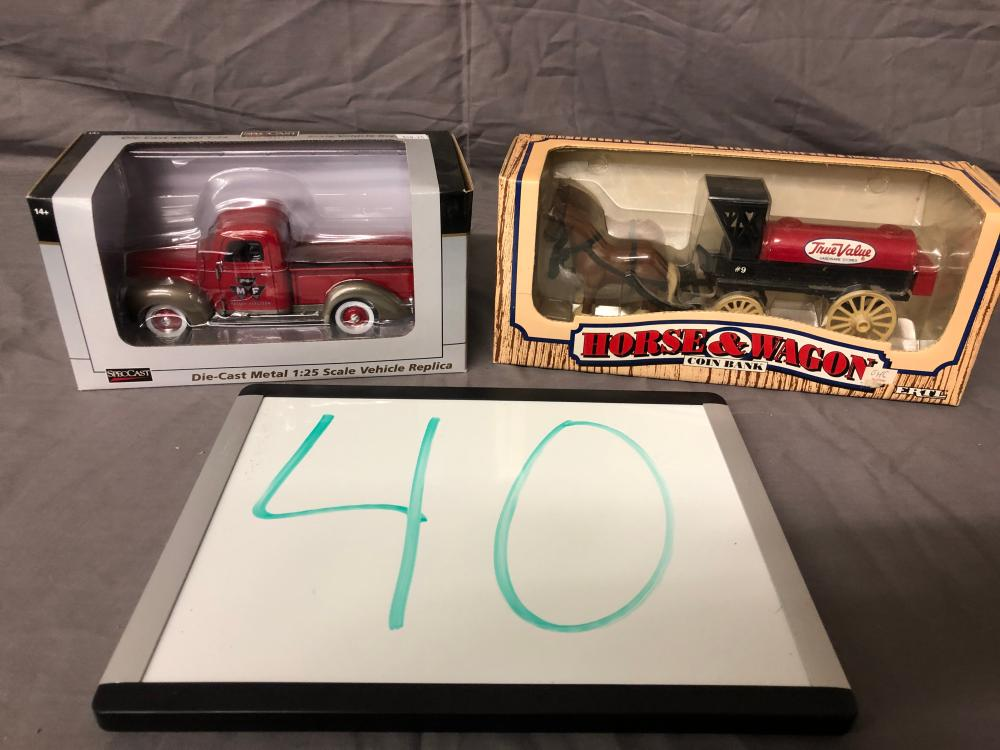 1/25th Scale Truck & Bank