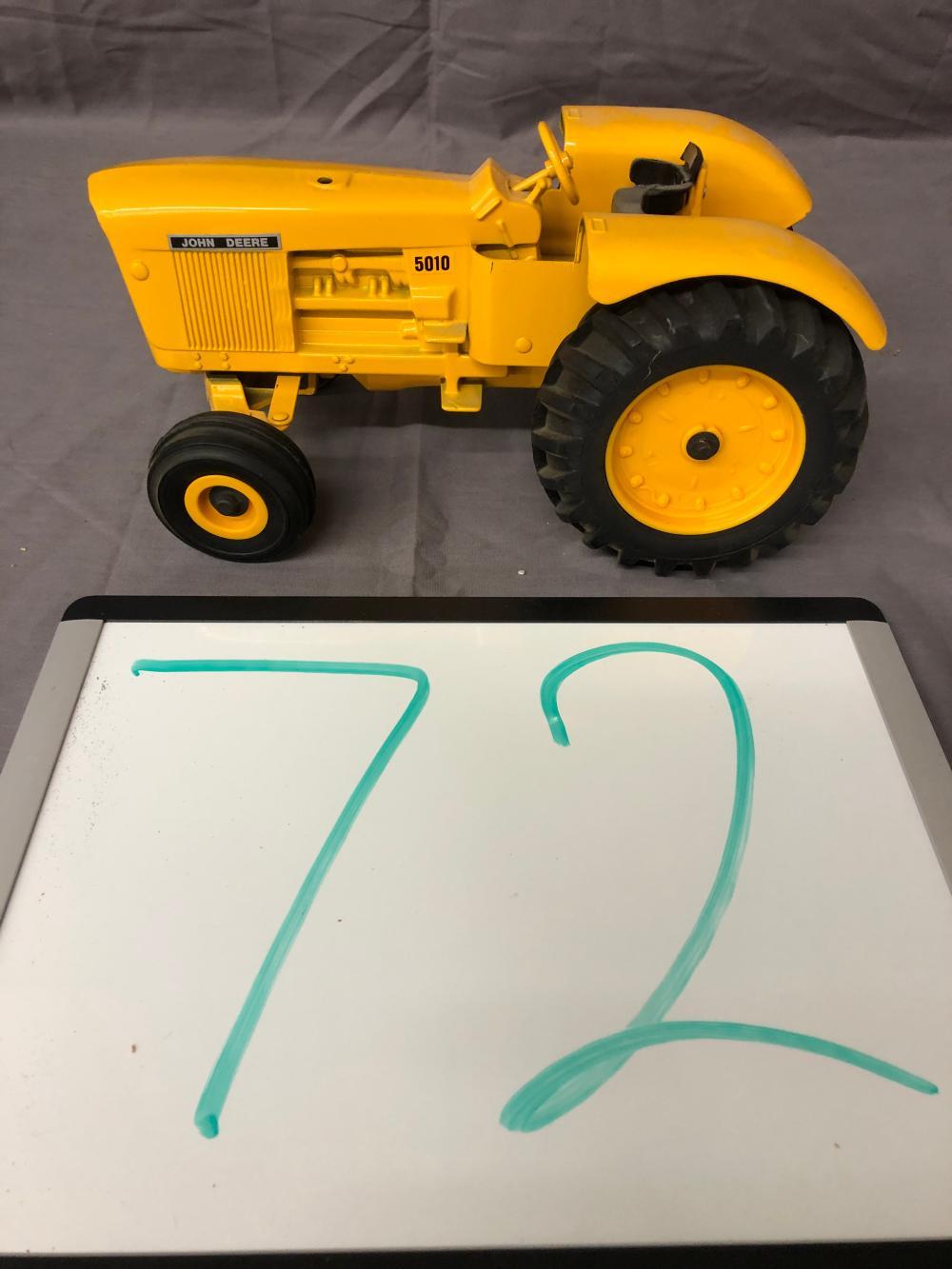 1/16th Scale John Deere 5010