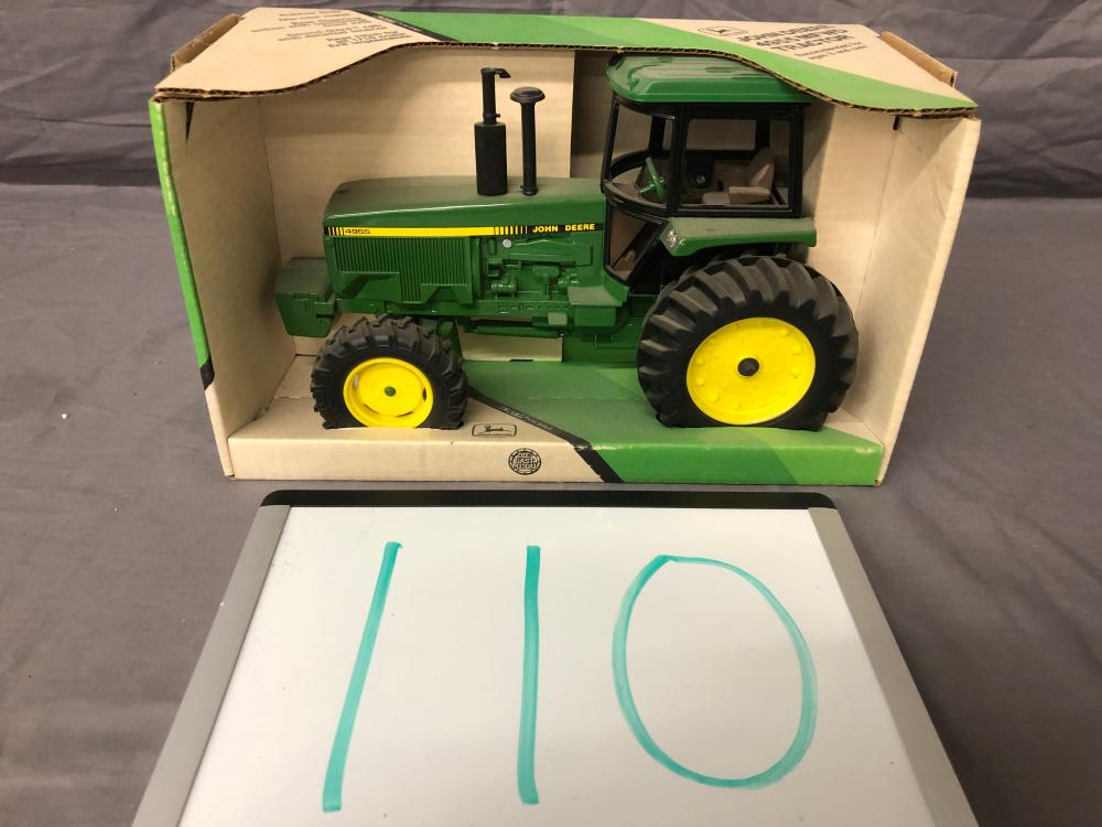 Lot 110: 1/16th Scale John Deere 4955 MFWD