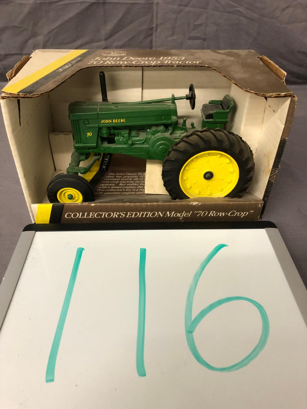 1/16th Scale John Deere 1953 70 Row Crop