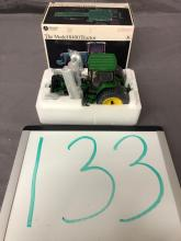 Lot 133: 1/32nd Scale Precision John Deere 8400