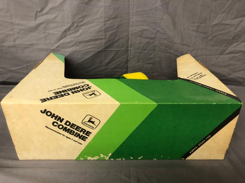 Lot 130: 1/16th Scale John Deere Combine