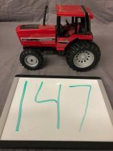 Lot 147: 1/16th Scale International 5288