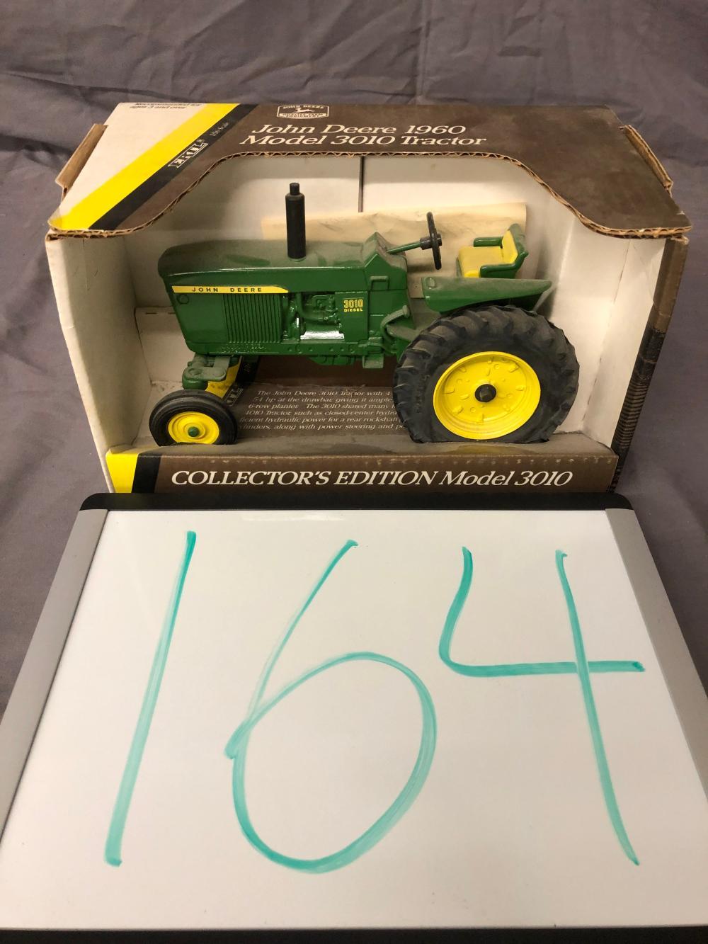 1/16th Scale John Deere 3010