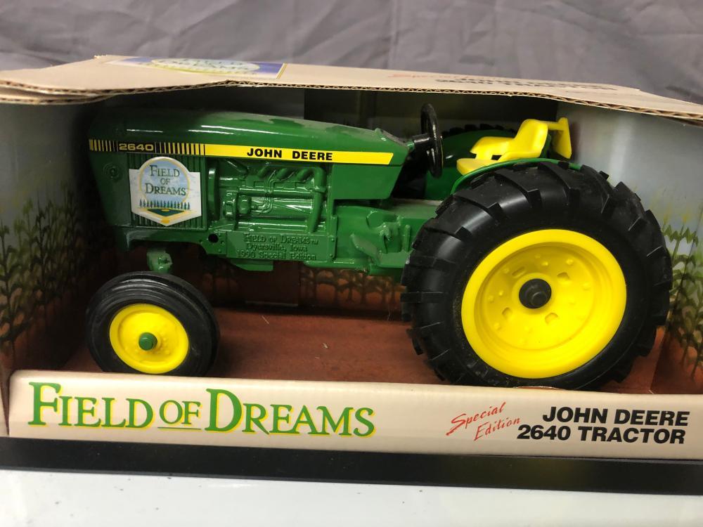 Lot 157: 1/16th Scale John Deere 2640
