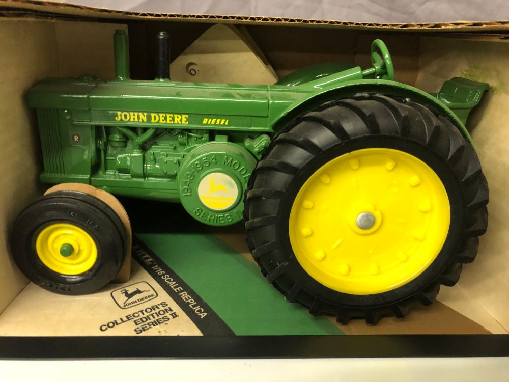 Lot 161: 1/16th Scale John Deere Model R
