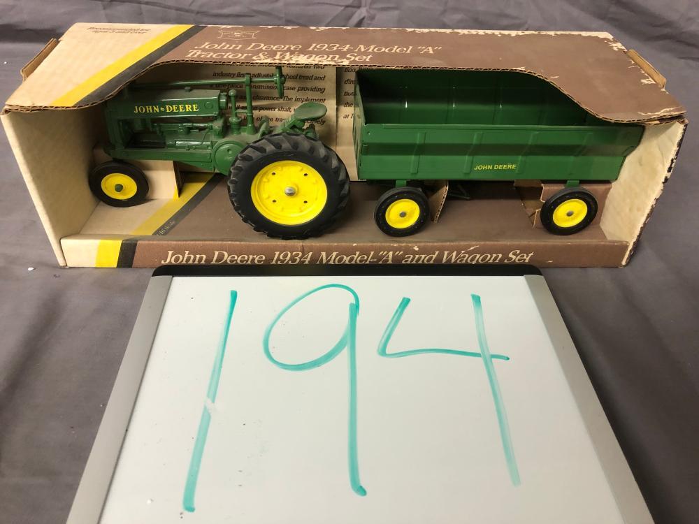1/16th Scale John Deere A & Wagon