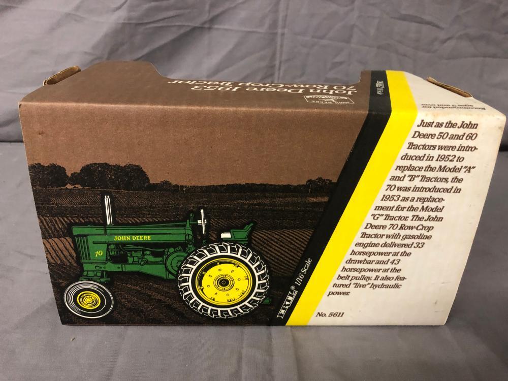 Lot 209: 1/16th Scale John Deere 70 Row Crop