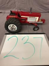 Lot 237: 1/16th Scale Custom IH 1066 Puller