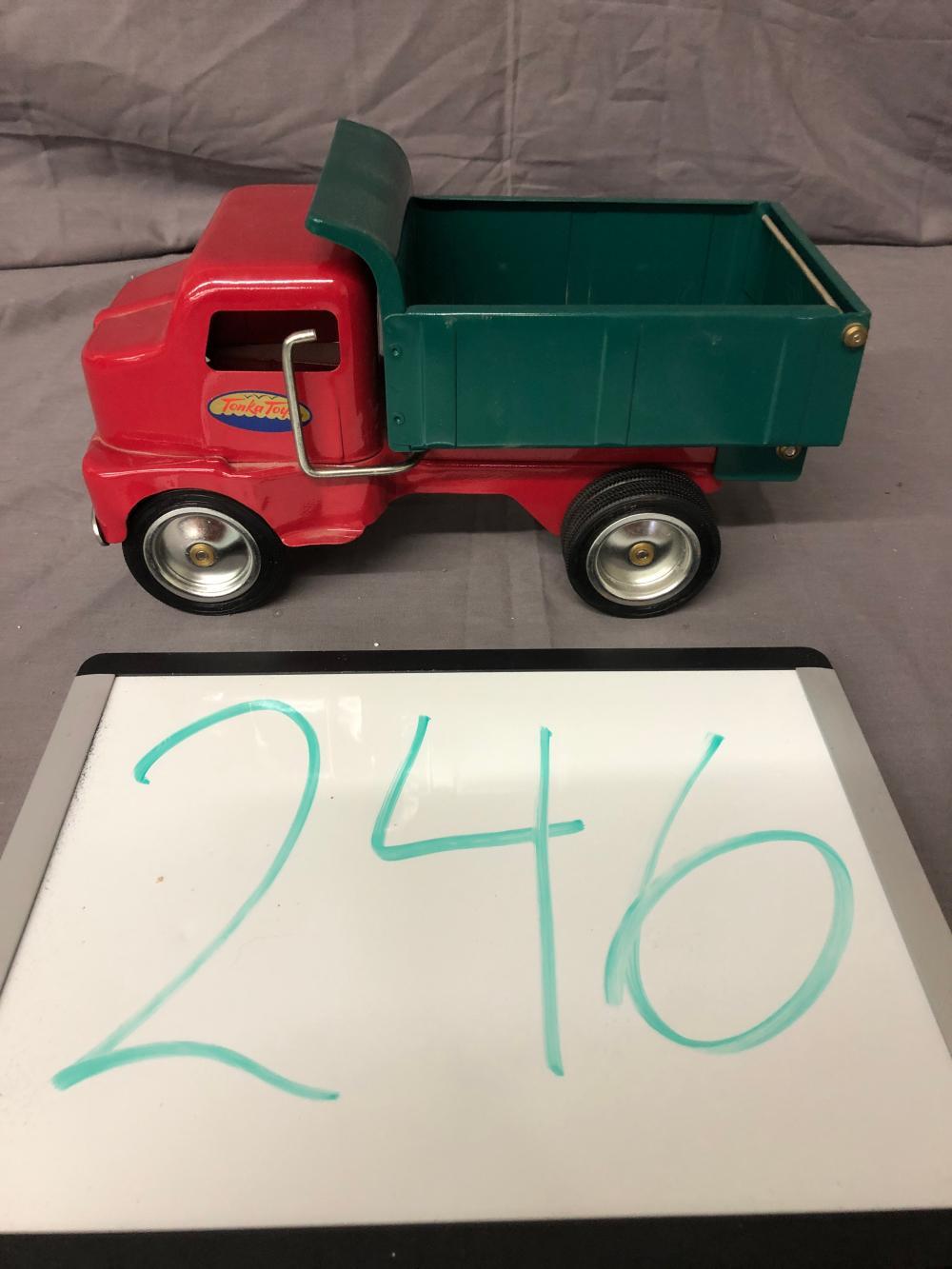 Lot 246: 1996 Tonka Dump Truck