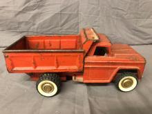 Lot 241: Structo Dump Truck