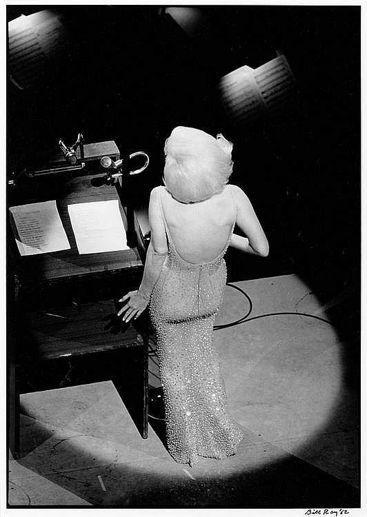 RAY, BILL (1936 ) Marilyn Monroe singing 'Happy