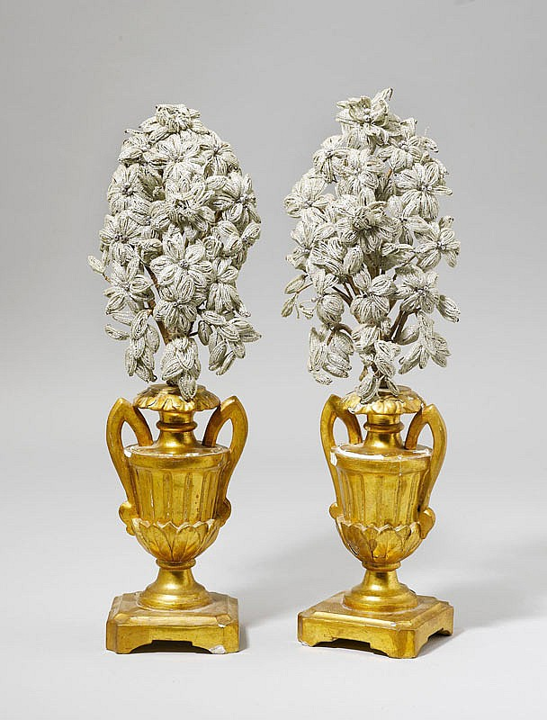 PAIR OF ORNAMENTAL VASES WITH FLORAL BOUQUETS,
